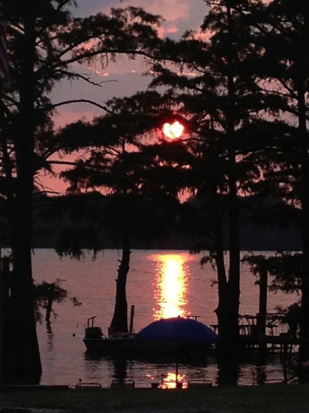 A setting sun on Moon Lake