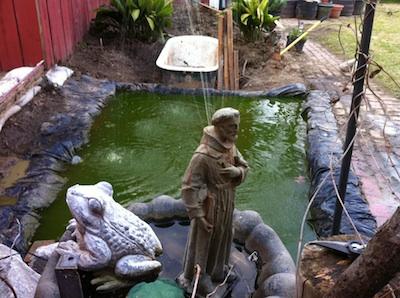 The pond at the Salon de Boheme in Clarksdale. Photo by Delta Bohemian