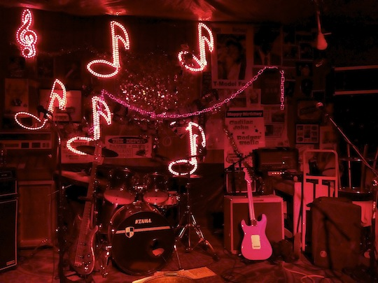 Mississippi DELTA BOHEMIAN Musicians: Space Cowboy David Isaac at Reds Blues Lounge