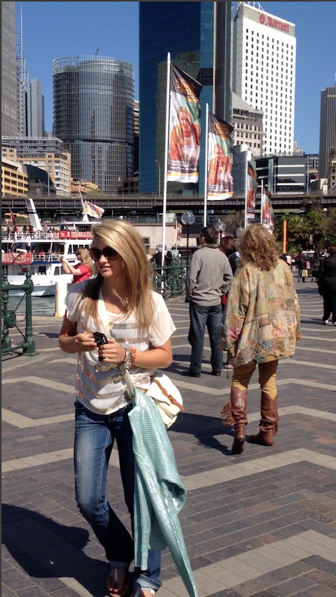 Bethany and Madge Marley Howell in Downtown Sydney. Photo by DELTA BOHEMIAN