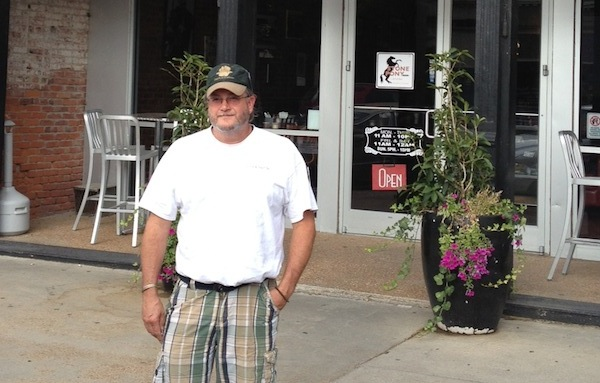 Poor William in front of the Stony Pony in Clarksdale