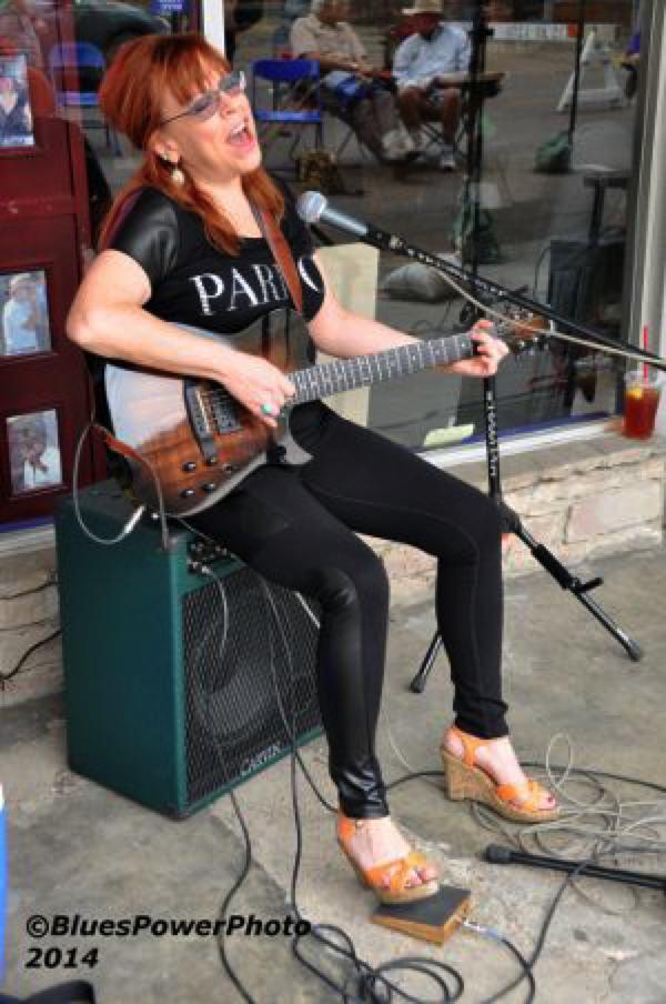 Liz Mandeville @ Rock N Blues Museum Clarksdale Juke Joint Festival 2014