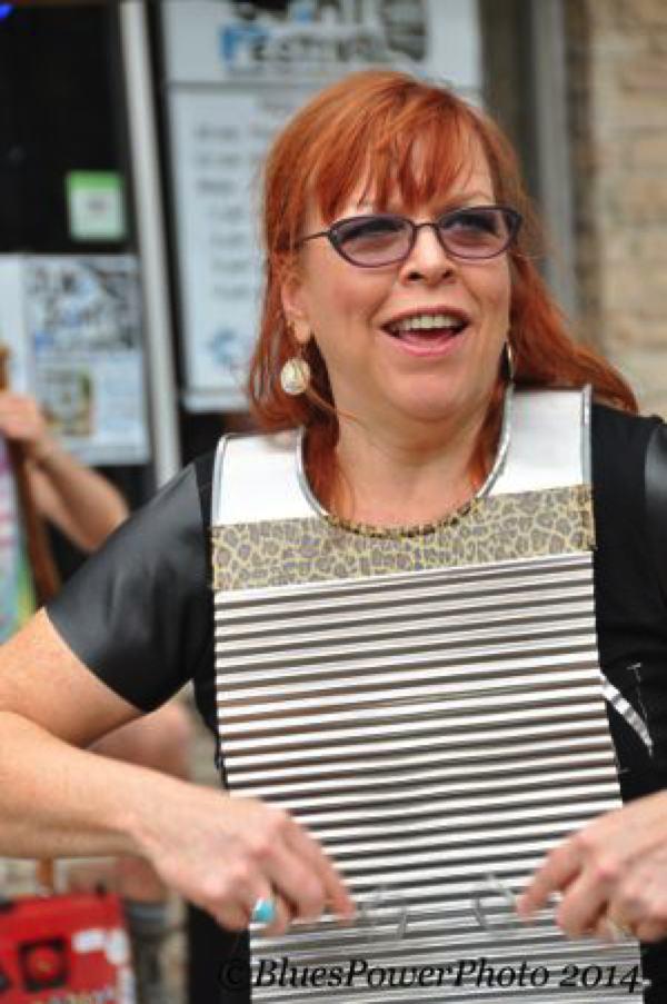 Liz Mandeville and her Washboard Clarksdale Juke Joint Festival 2014