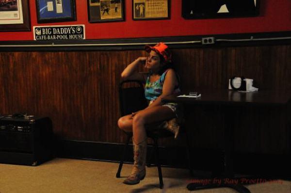 Tori Beth Takes a Break @ Delta Amusement Cafe Clarksdale Juke Joint Festival 2014