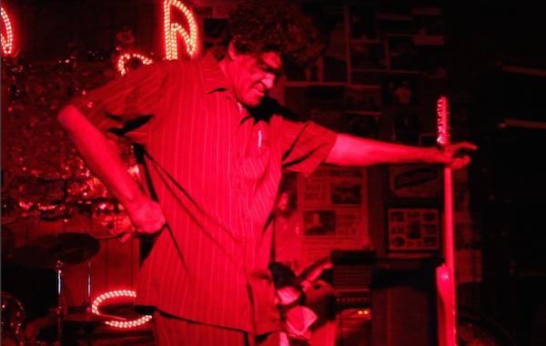 Robert Bilbo Walker at Red's Blues Club in Clarksdale - ©DELTA BOHEMIAN