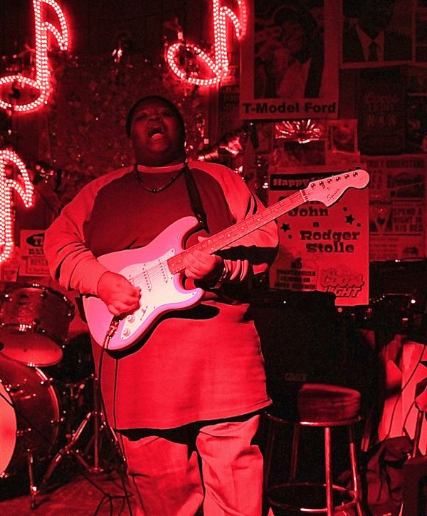 KINGFISH Ingram – Clarksdale Guitar Sensation