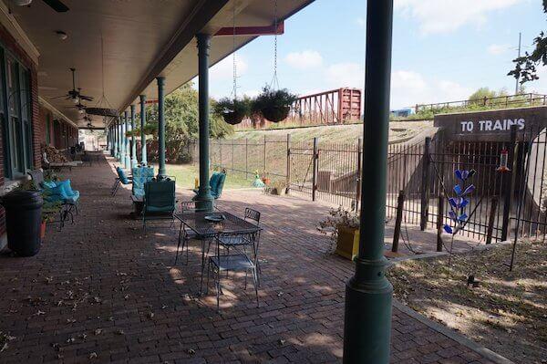 Platform historical Clarksdale Train Station. Photo by Andrea Vlonk