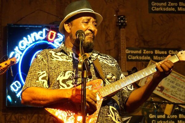 "James ""Super Chikan"" Johnson at Ground Zero Blues Club in Clarksdale. Photo by Andrea Vlonk"