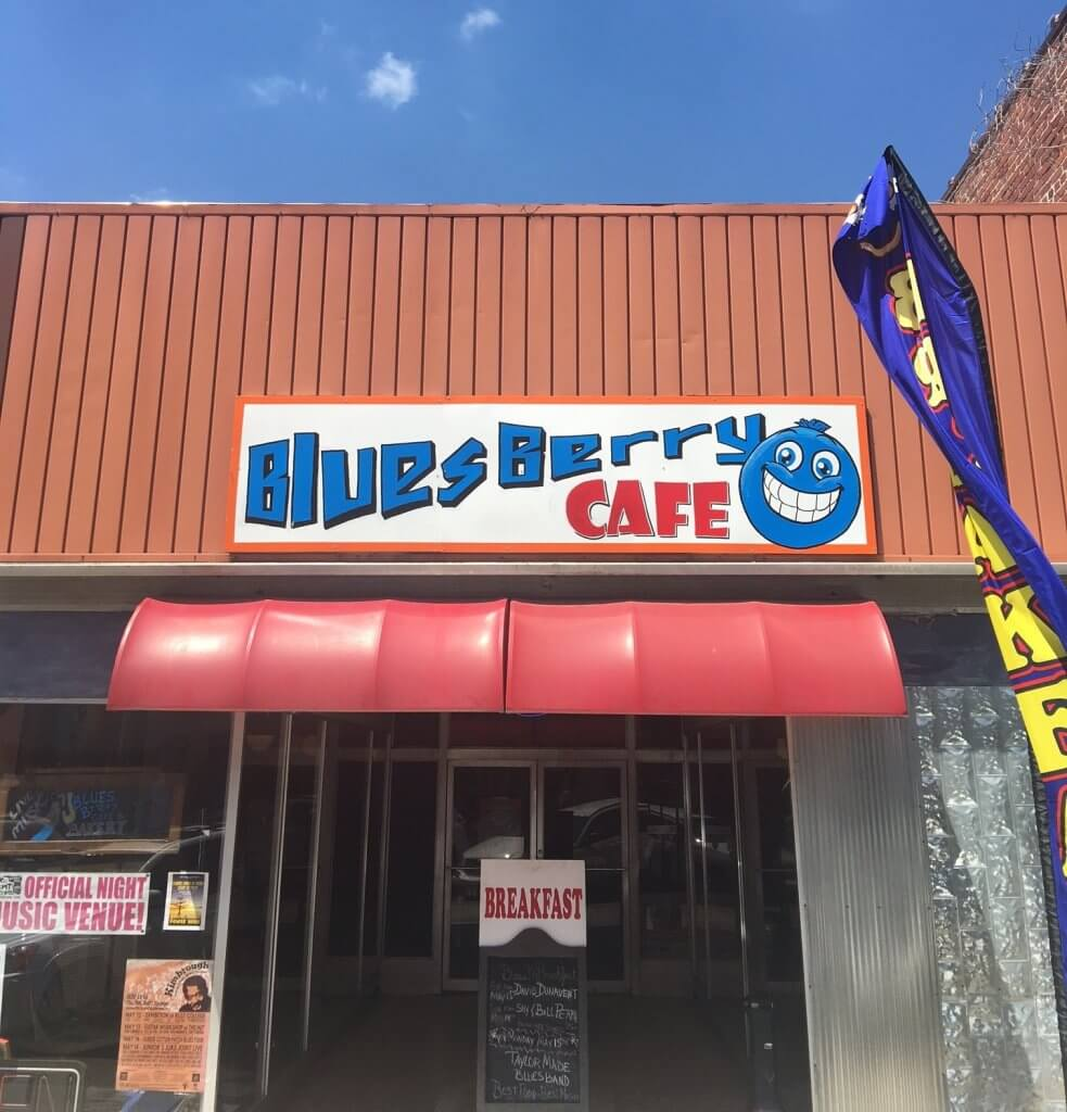 Live Music Venues Guide includes Bluesberry Cafe in Clarksdale
